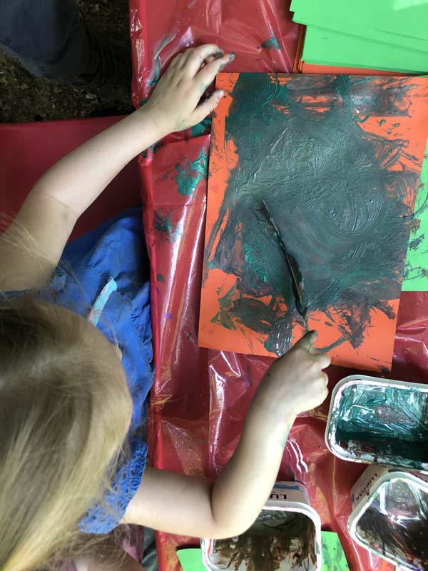 Outdoor Pre-School - Painting