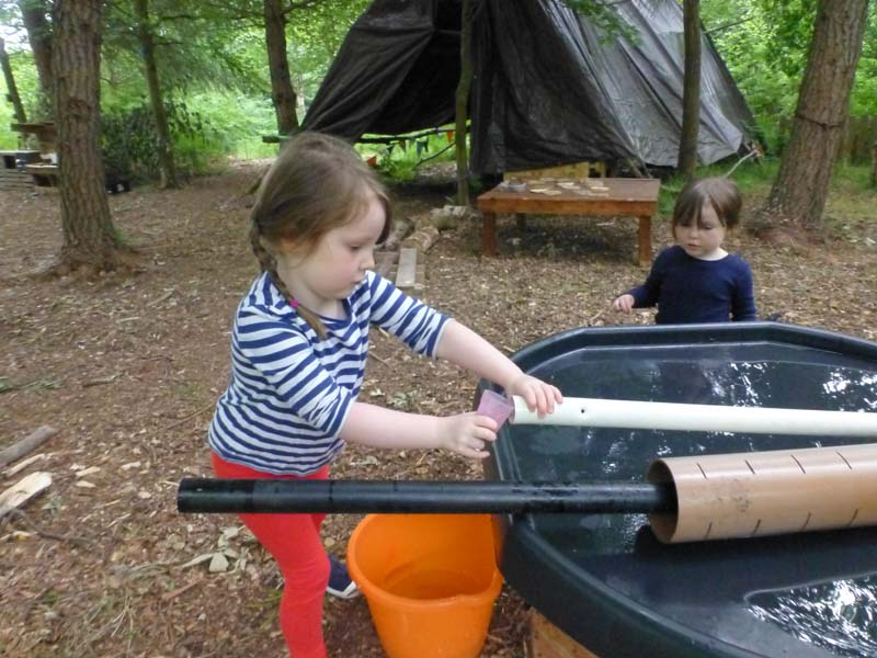 Outdoor Pre-School - Water experiments