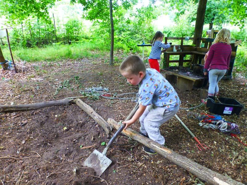 Outdoor Pre-School - Digging